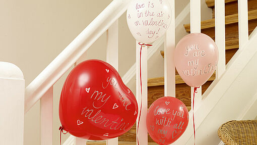 Balloon decorations for Valentine's Day