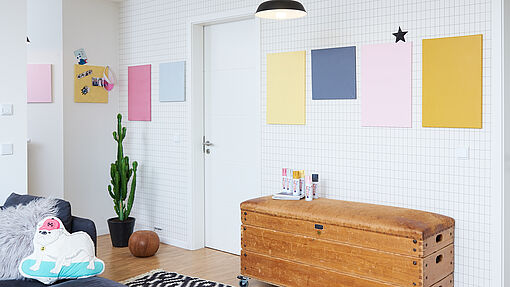DIY canvas wall decoration