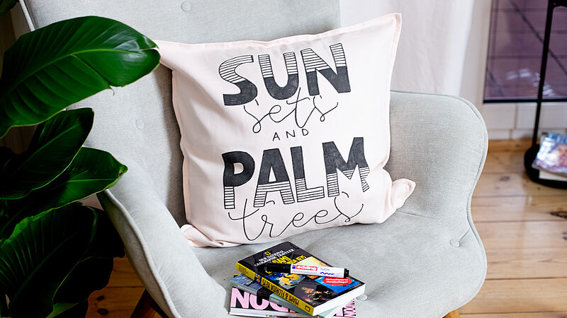 DIY sunset cushion