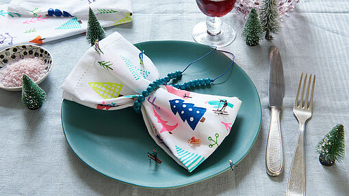 Creative Christmas cloth napkins
