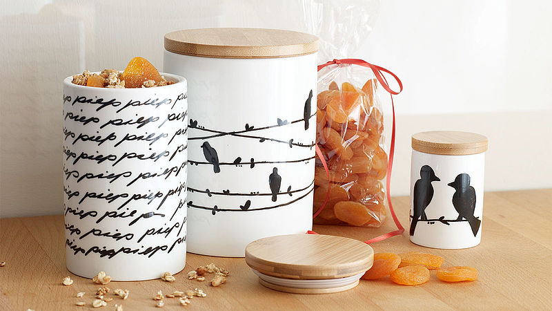 Personalised storage jars made of porcelain
