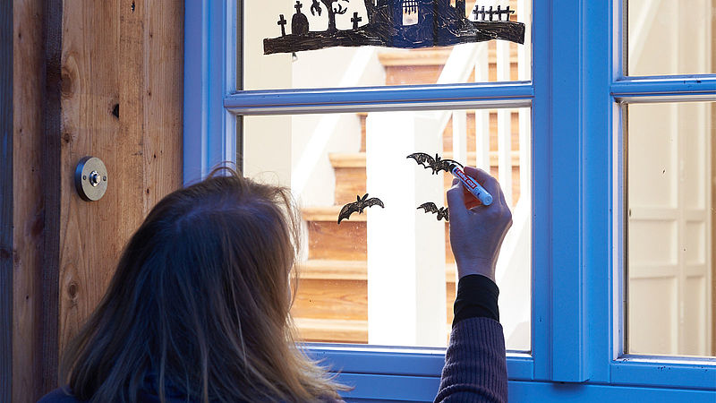 Schaurigschone Halloween Fensterdeko Ideen Edding