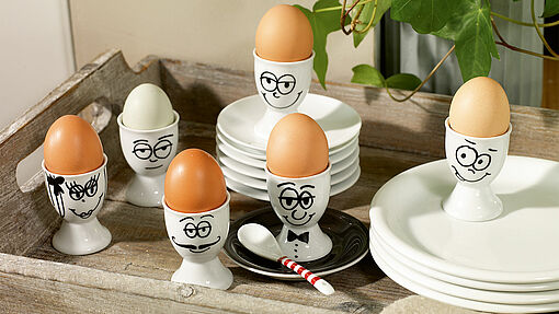 Paint egg cups: and make an egg-cellent breakfast!