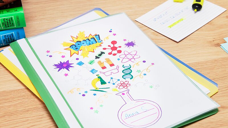 Brighten up folders with fun colours0