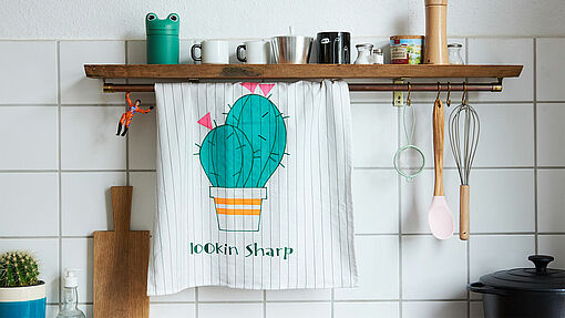 Decorate tea towels with the design of your choice