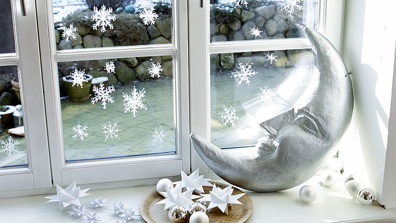 Create stunning window decorations