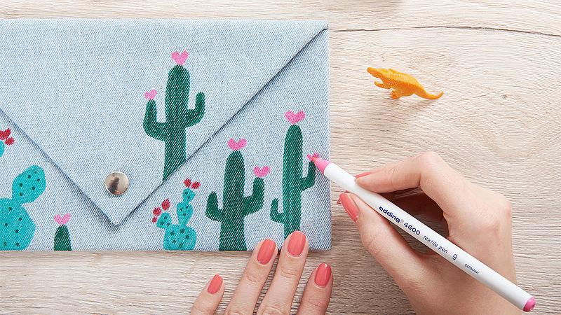 Decorate your clutch with a cactus design Ideen edding Simple Decorate Design