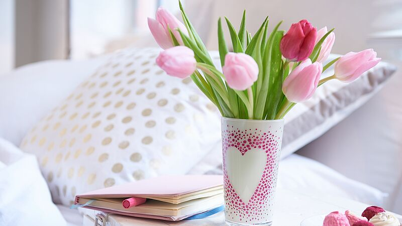 Delightful DIY Mother's Day vase