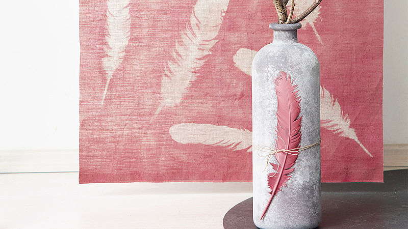 Light as a feather DIY wall hangings