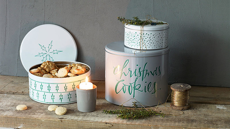 Festive biscuit tins