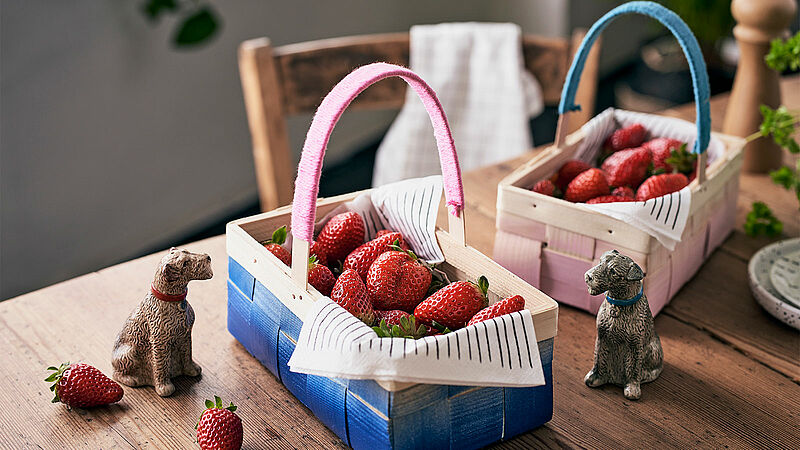 Strawberry basket crafts