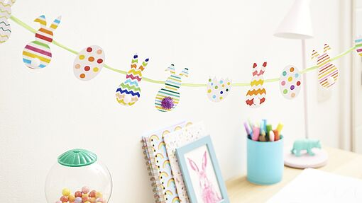 Fun Easter garland