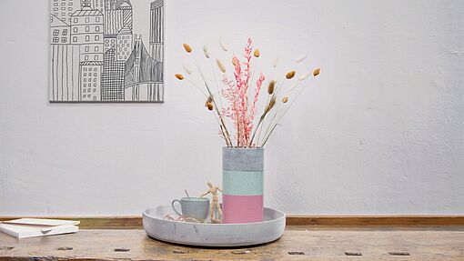 Spray paint your concrete vase