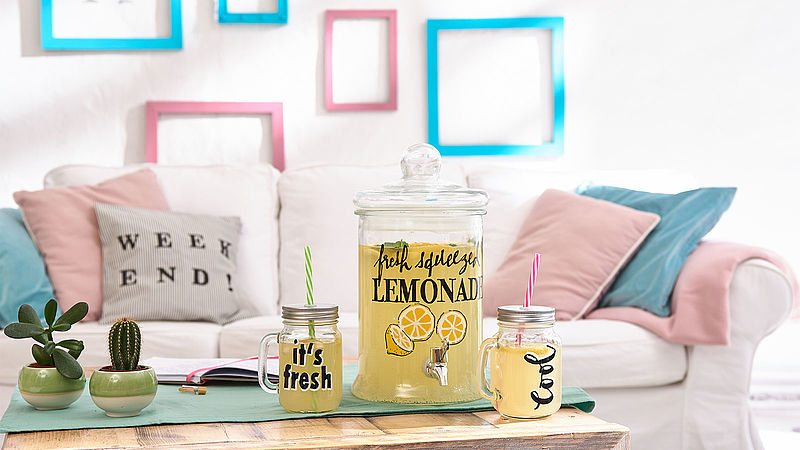 Decorating glass jars